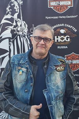 Игорь Бочаров