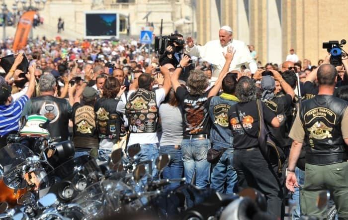 Папа с мотоциклистами